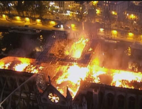 ZDFinfo: Notre-Dame brennt – 12 Stunden im Flammenmeer